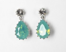Droplet-earrings-pacific-opal