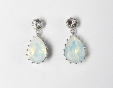 Droplet-earrings-white-opal