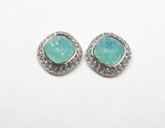 Regular-earrings-jade