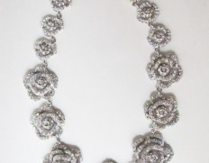 Sylvia necklace silver--750